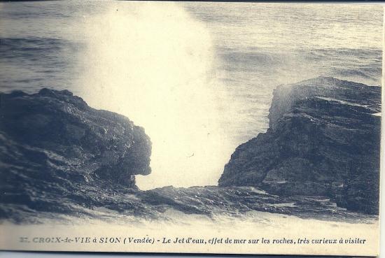 De Croix-de-Vie à Sion, le jet d'eau.