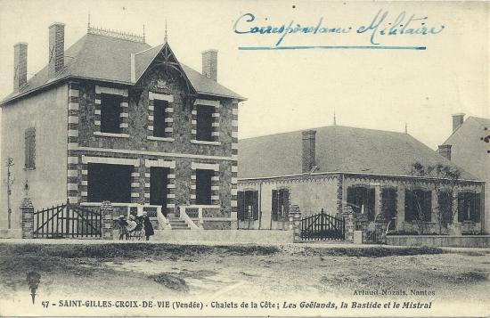 St-Gilles-Croix-de-Vie, chalets de la côte.