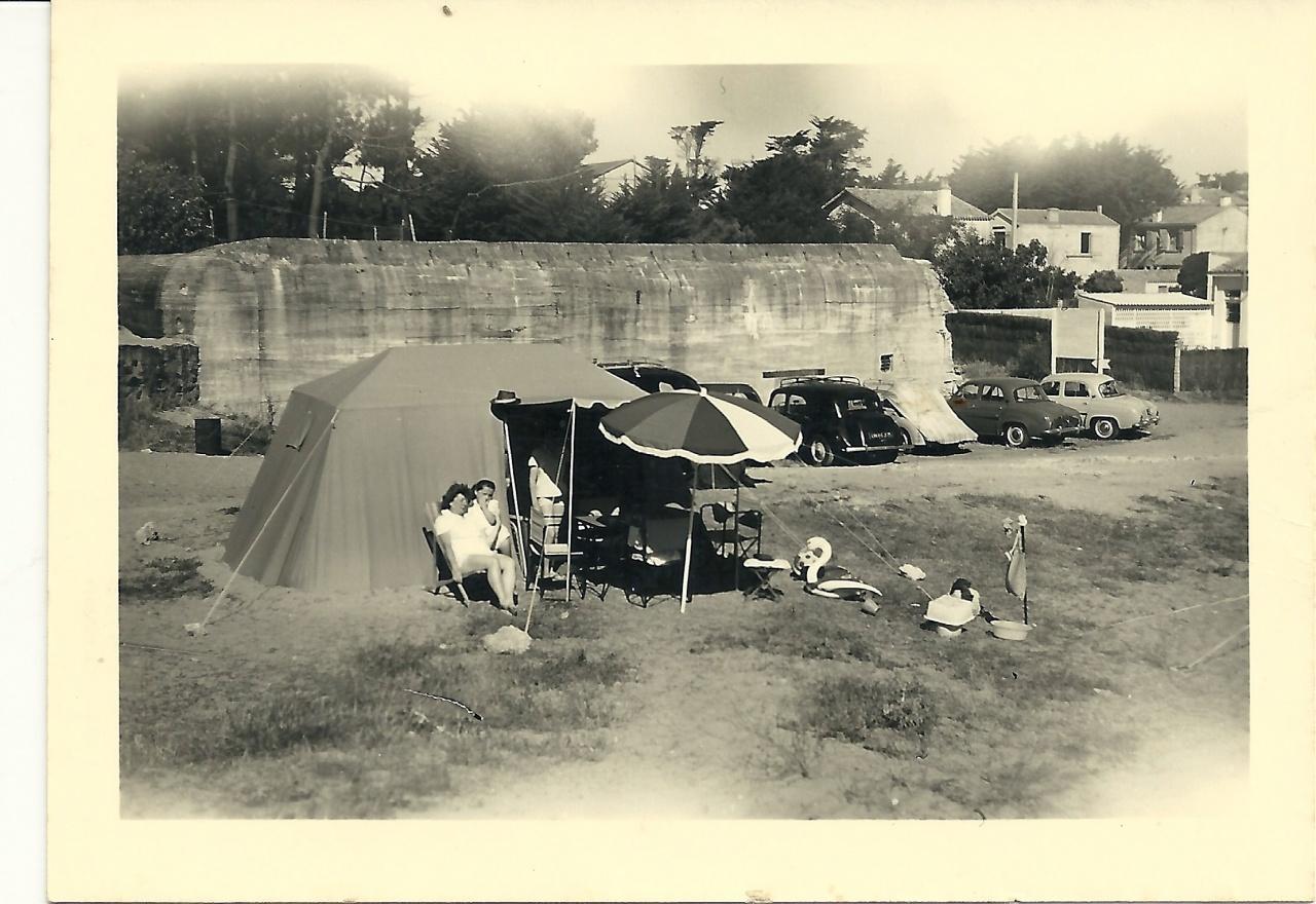 St-Gilles-sur-Vie, camping en 1960.