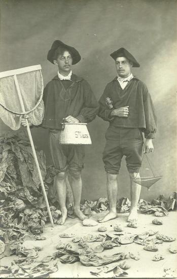 Saint-Gilles-Croix-de-Vie, costume de marins