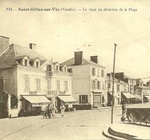 St-Gilles-sur-Vie, le quai en direction de la plage.