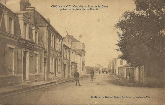 Croix-de-Vie, rue de la gare.