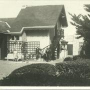Saint-Gilles-sur-Vie, une villa et ses habitants.