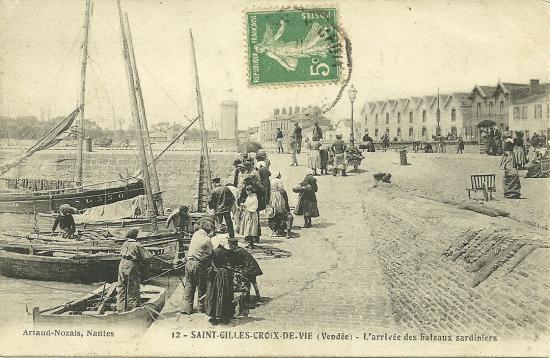 St-Gilles-Croix-de-Vie, arrivée des bateaux sardiniers.