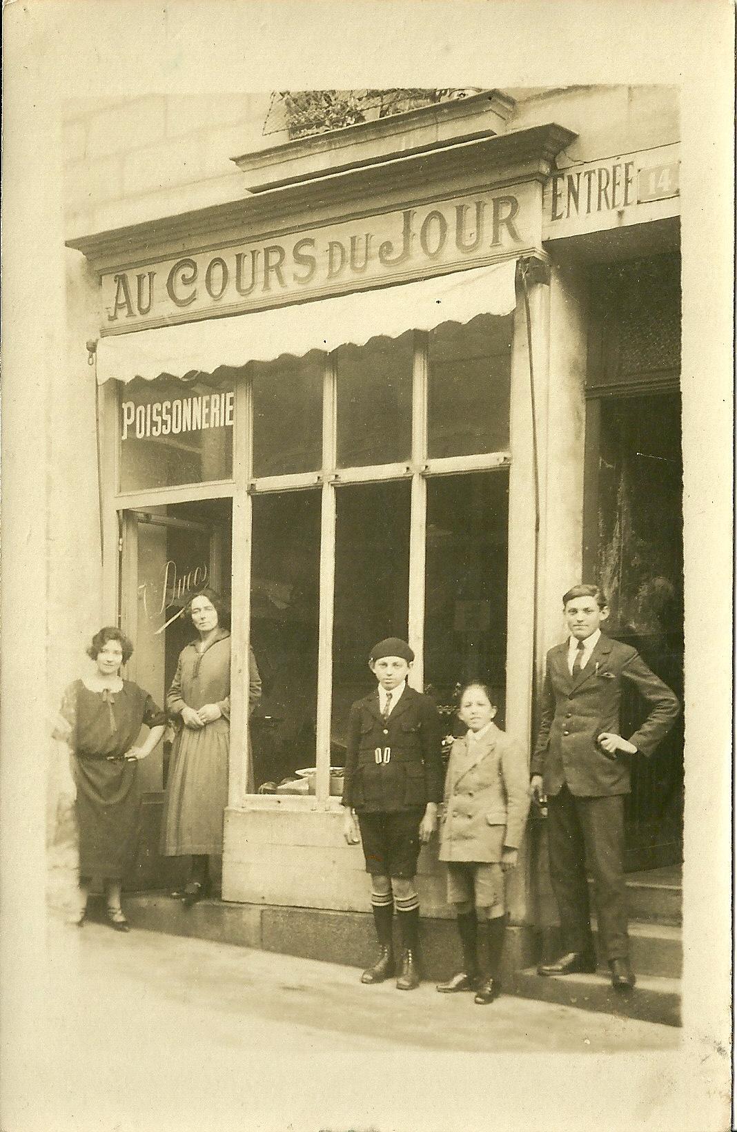 Croix-de-Vie, poissonnerie famille Ducos.