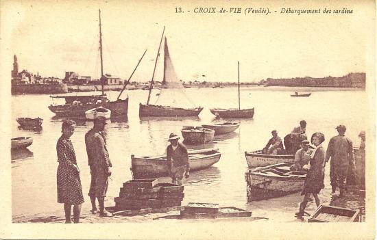 Croix-de-Vie, débarquement des sardines.