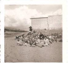 Sion, un groupe d'allemands à la plage.